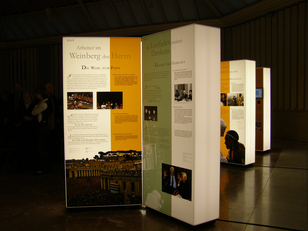 Papstausstellung